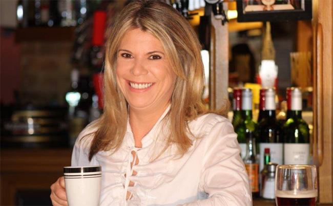 Poets-Day-Shirley-The-Barmaid