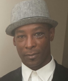 michael wells PD actor pic (395x640) (265x316)